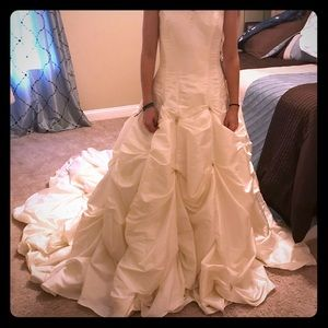 New Wedding Dress - Never Worn